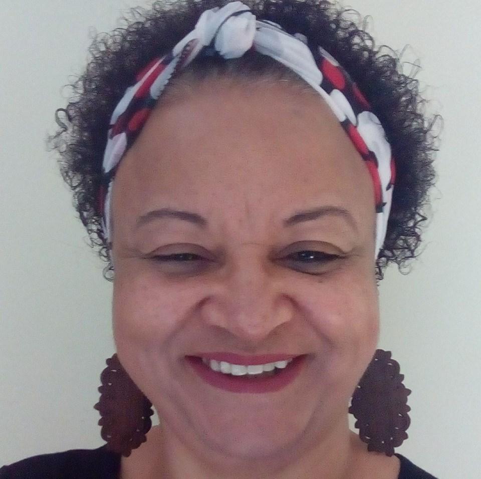 claslie-lima-professora